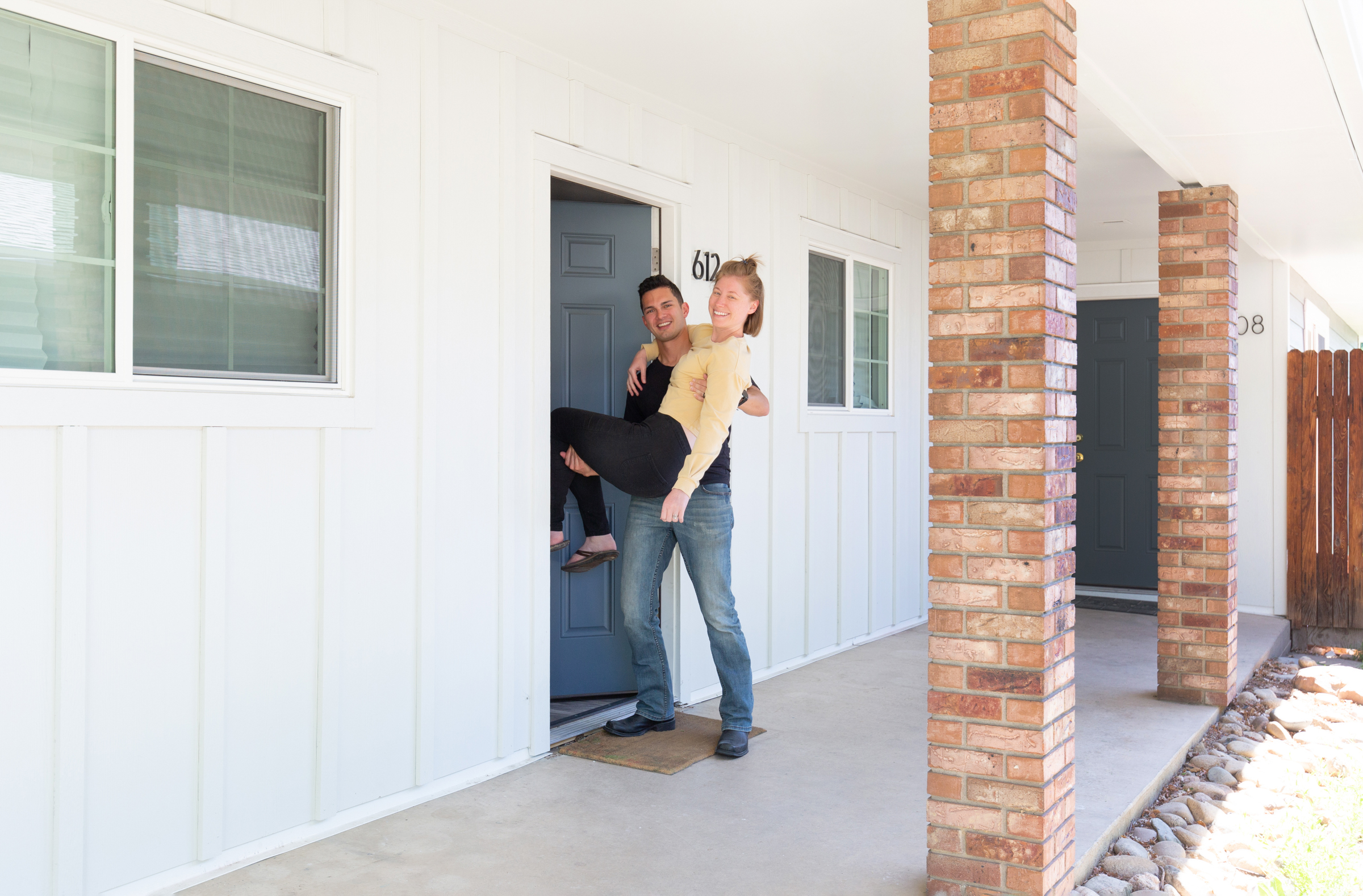 4 Popular Siding Materials for Homes: A Guide for First Time Homeowners
